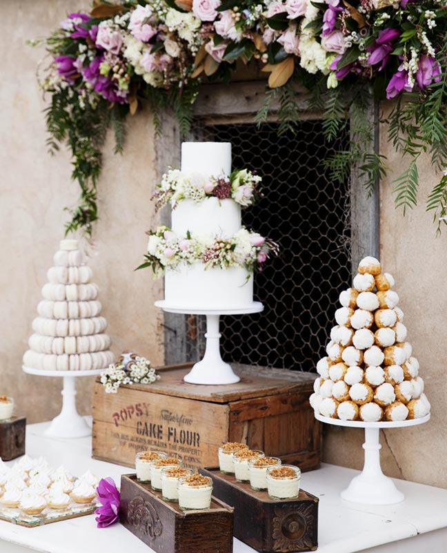 dessert_table_country_style_magazine_macaron_tower